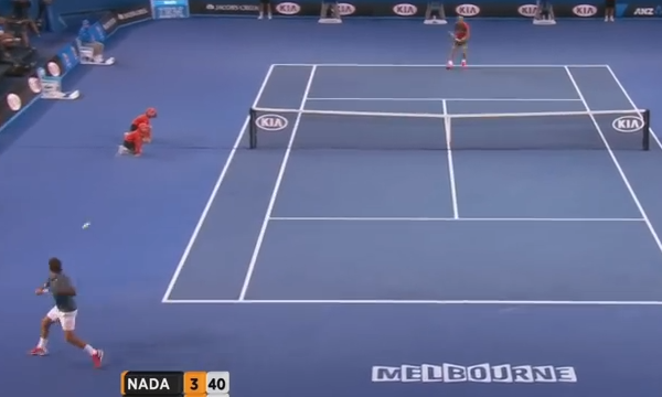 Federer at contact on the ad court