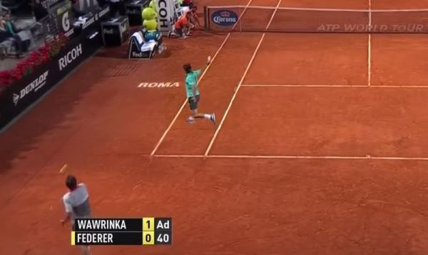 Federer and Wawrinka's second serve positions